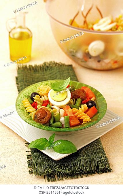 Pasta salad with scallops