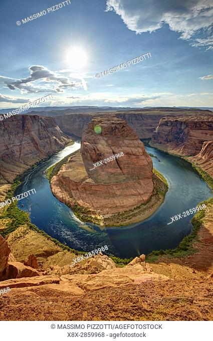 Horseshoe bend seen from the lookout point, Arizona, United States