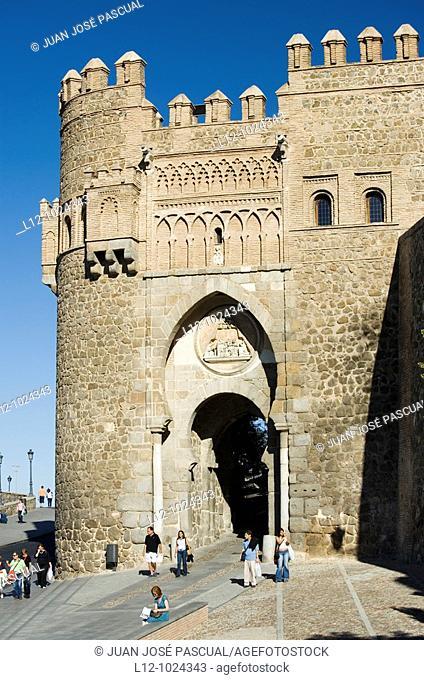 Puerta del Sol town gate, Toledo, Toledo province, Castilla la Mancha, Spain