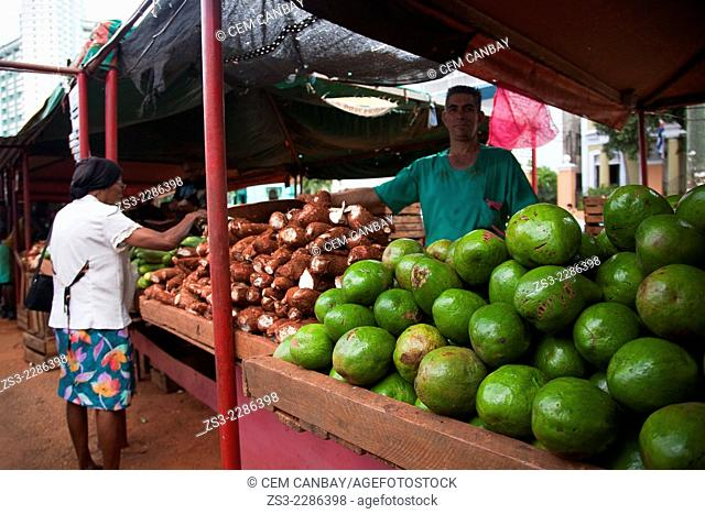 Scene from the fruit and vegetable market, Vedado, Havana, Cuba, West Indies, Central America