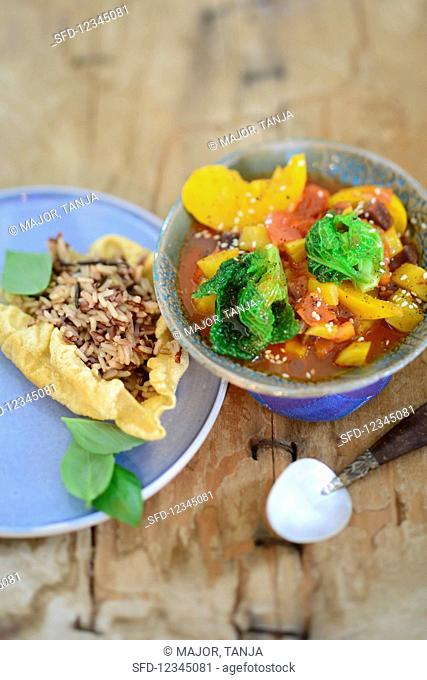 Pumpkin and savoy cabbage ratatouille with wild rice