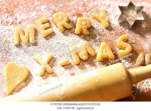 merry Christmas writing on cookies