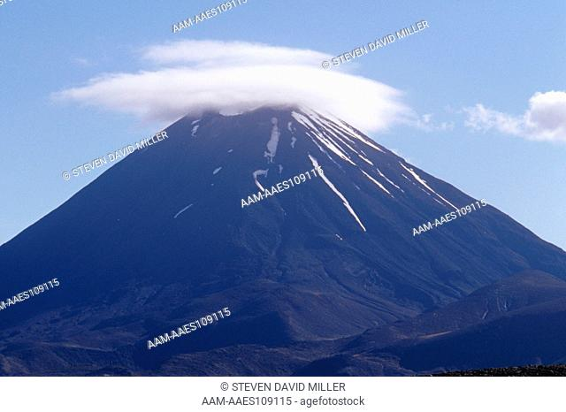 Mount Ruapehu, active Volcano last erupted 1995, Tongariro N.P., N. Isl., New Zealand