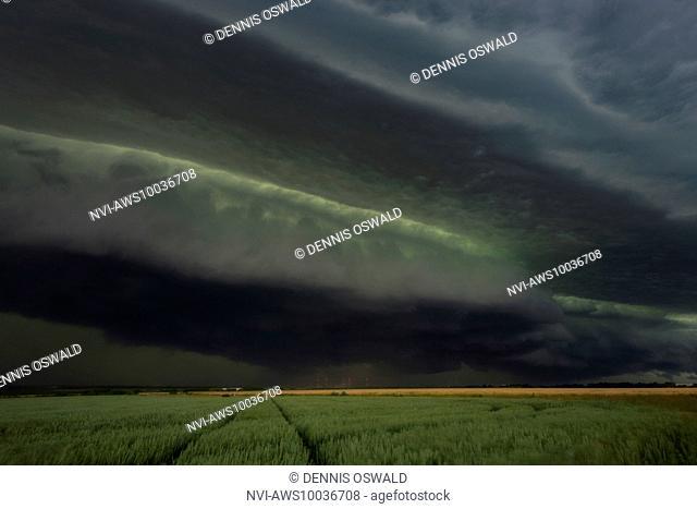 Severe thunderstorm on Whitmonday (WhiAtsun storm 2014), approaching storm Ela close to Neuss, North Rhine-Westphalia, Germany on June 9th 2014
