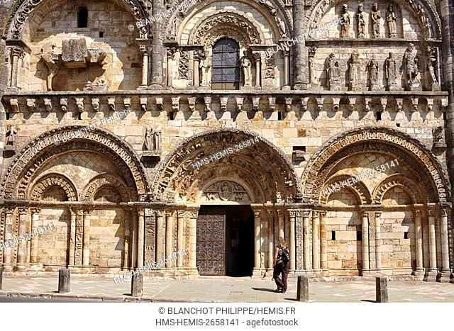 France, Vienne, Civray, St Nicolas Church from 12th century, Rectangular saintongeaise facade richly carved