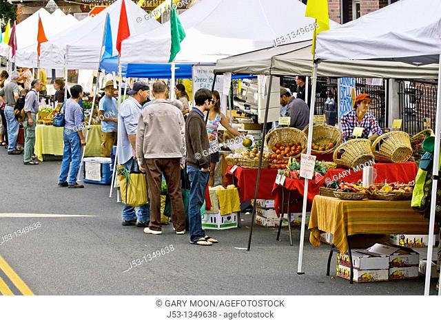 Farmers' market, downtown Nevada City, California