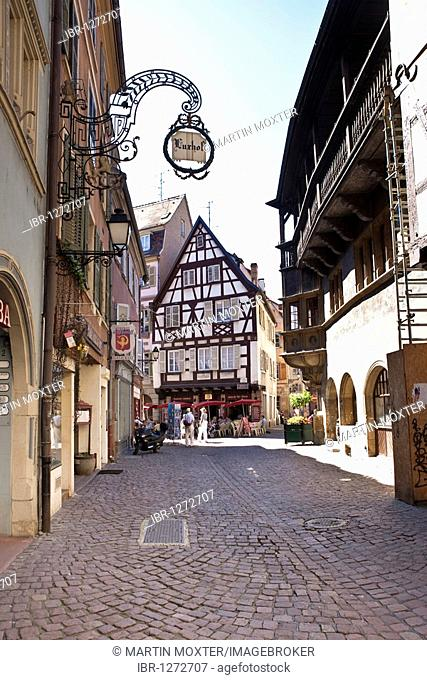 Rue des Marchants, historic town centre of Colmar, Alsace, France, Europe