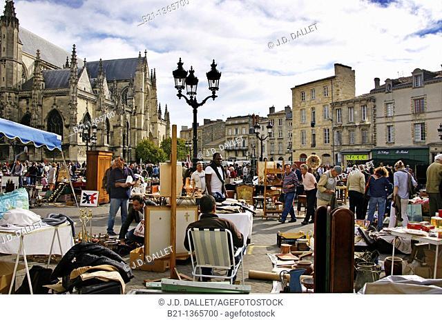 Flea market on Sunday morning on Place Saint Michel, at Bordeaux, Gironde, Aquitaine, France