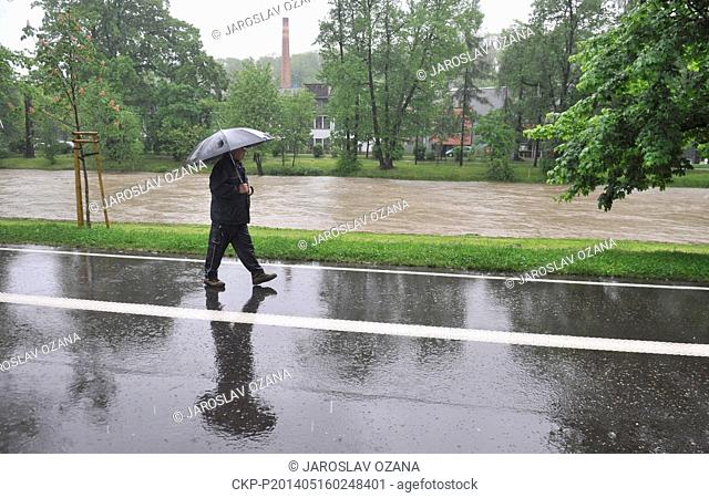 Steady rain raised the water level of the rivers in northern Moravia and Silesia last night and during the day. Pictured river Olse in Cesky Tesin