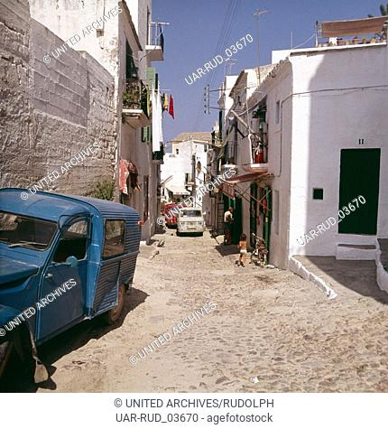 Alltag in Ibiza-Stadt, Ibiza 1976. Everyday life in the city of Ibiza; Ibiza 1976