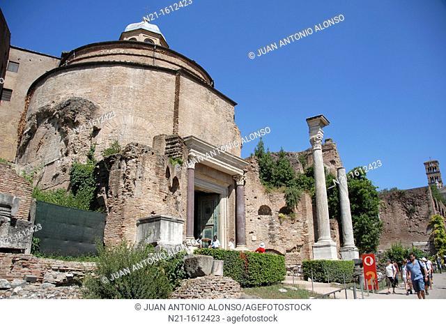 The Temple of Romulus, The basilica of Santi Cosma e Damiano, The Roman Forum, Campitelli, Rome, Lazio, Italy, Europe