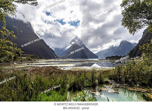 Miter Peak, Milford Sound, Fiordland National Park, Te Anau, Southland Region, Southland, New Zealand