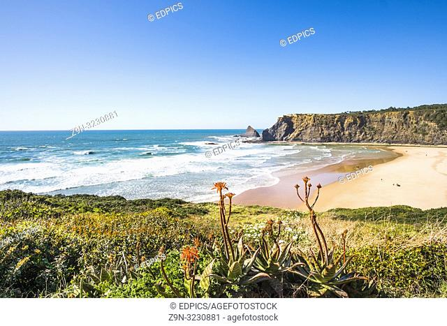 praia de odeceixe, costa vicentina, algarve, portugal