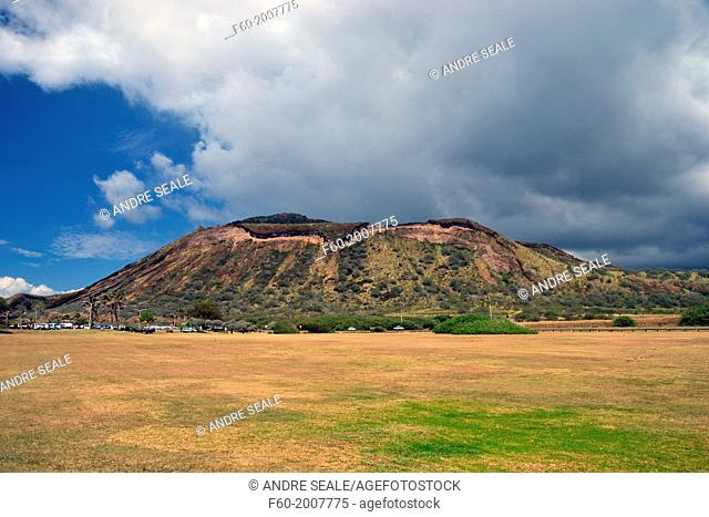 A volcanic crater, windward Oahu, Hawaii, USA