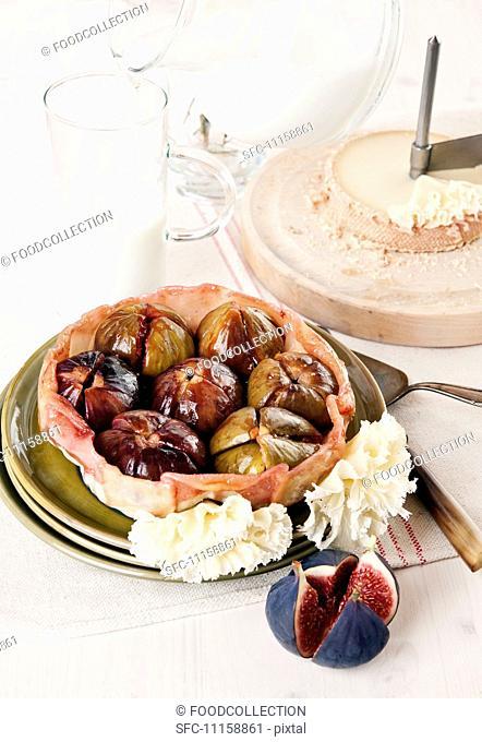 Fig tarte tatin with Tête de Moine cheese