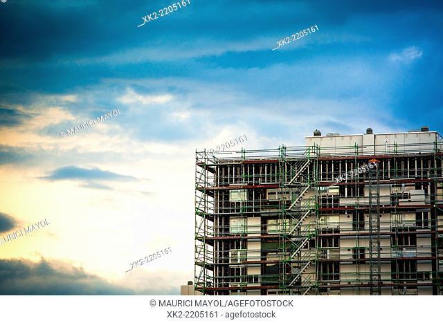 Scaffolding for a facade rehabilitation