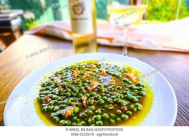 Peas with squid and tamari sauce (Soya sauce)