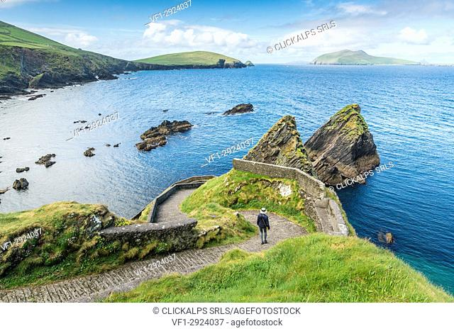 Dunquin pier, Dingle peninsula, County Kerry, Munster province, Ireland, Europe