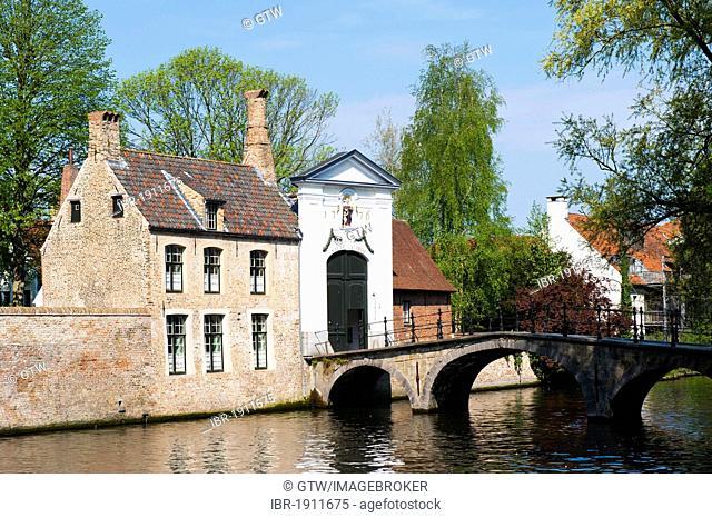 Ten Wijngaerde Beguinage, historic centre of Bruges, Unesco World Heritage Site, Belgium, Europe