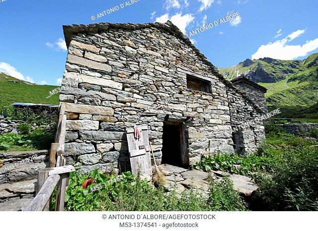 Traditional alpine stable for livestock at Alpe Campo  1923 meters  Pennine Alps  Valsesia  province of Vercelli  Piemonte  Italy