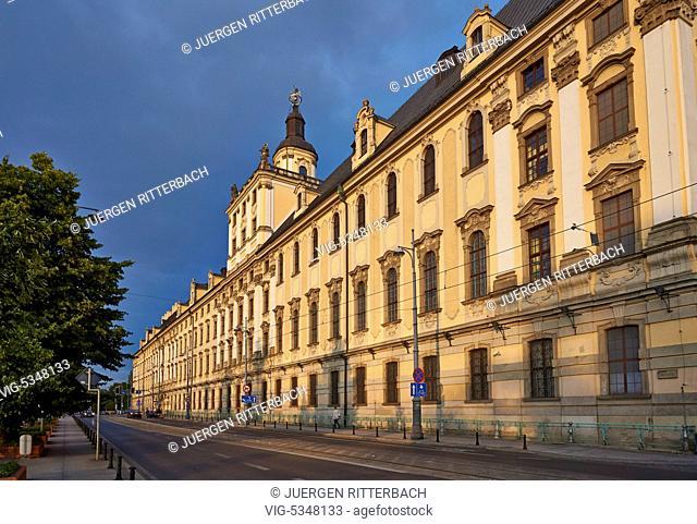 Outer view of University of Wrocſaw, Poland - Wrocſaw, Poland, 25/06/2015