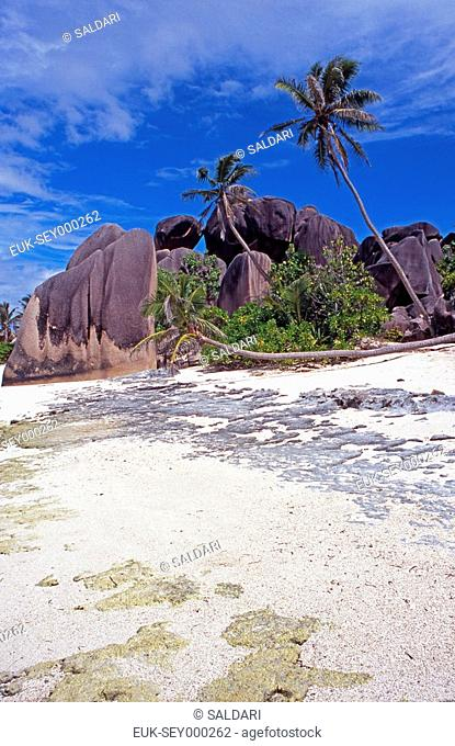 Anse Source d'Argent, one of La Digue's many beaches,Seychelles