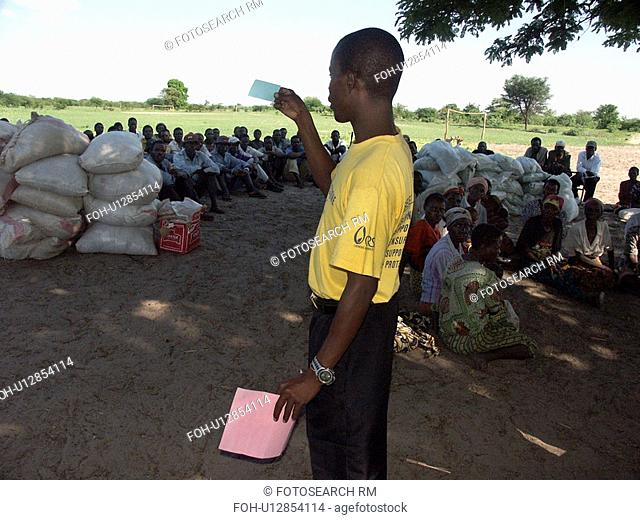 mashi, border, kaunga, zambia, person, people
