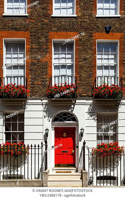Beautiful House Exterior, Near Trafalgar Square, London, England
