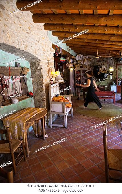 Peratallada, Baix Emporda, Costa Brava, Girona province, Catalonia, Spain