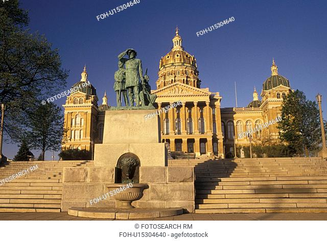 State Capitol, Des Moines, IA, Iowa, State House, Iowa State Capitol in the capital city of Des Moines