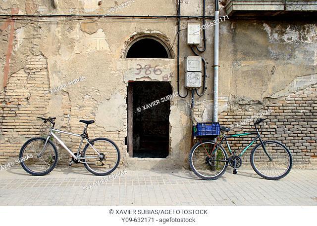 Old building. Carrer Pere IV. Poble Nou. Barcelona. Catalonia. Spain
