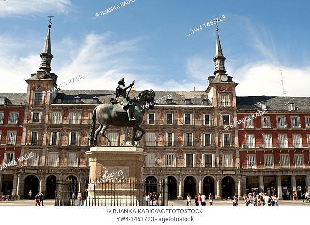 Plaza Mayor with statue of king Philips III, Madrid, Spain
