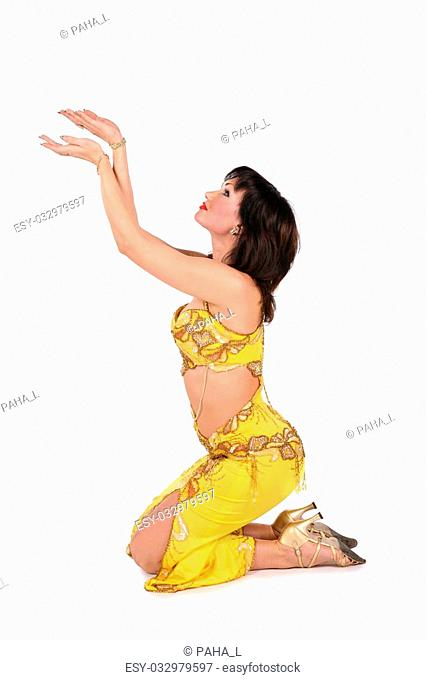 yellow bellydancer on knees