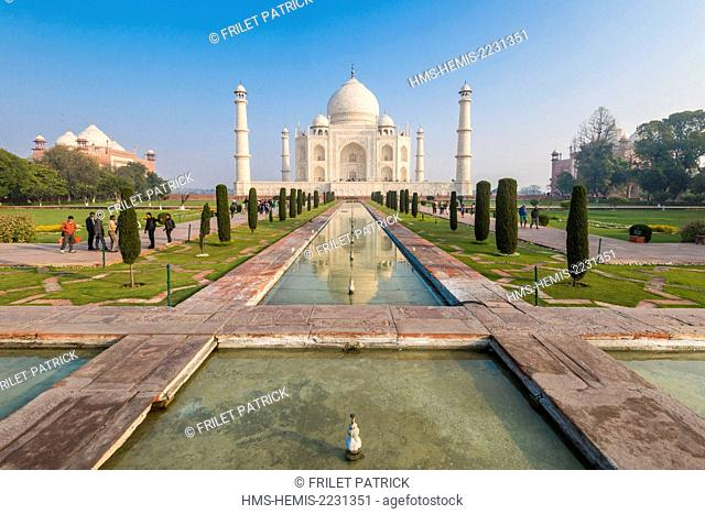 India, Uttar Pradesh state, Agra, the Taj Mahal listed as World Heritage by UNESCO