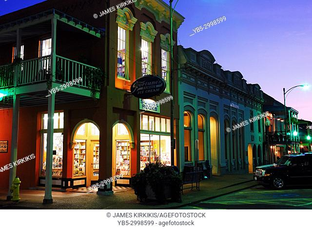 Square Books, a renown independent book store, occupies a prominent corner in Oxford, Mississippi