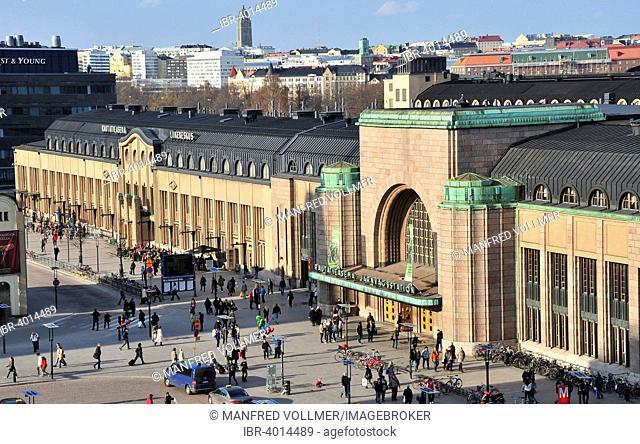 Helsinki Central Station, by Eliel Saarinen, Art Nouveau, Helsinki, Finland