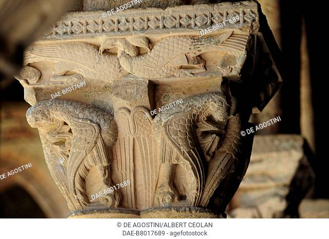 Decorated capital, 1100, cloister of Saint-Pierre Abbey (UNESCO World Heritage Site, 1998), Moissac, Occitanie, France, 12th century
