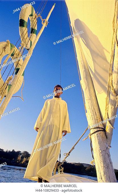 Egypt, North Africa, Luxor, Felucke, felucca, Feluke, sail boat, boat, Nile, river, flow, mood, dusk, twilight, boy, y