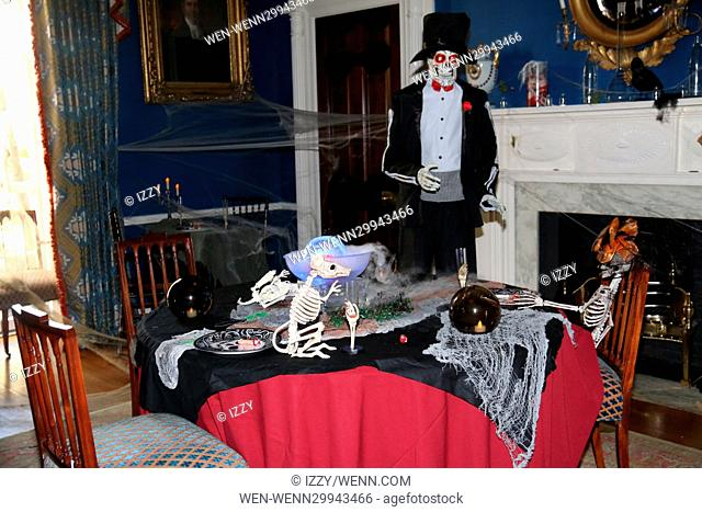 NYC Mayor Bill de Blasio and First Lady Chirlane McCray host a spooky Halloween party at Gracie Mansion Featuring: Atmosphere Where: New York City, New York