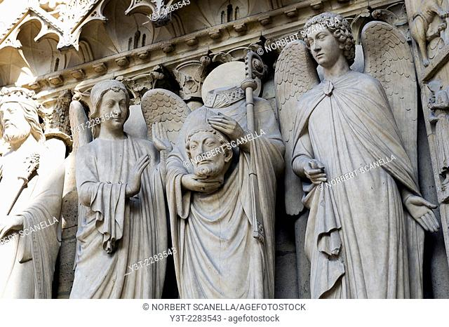 Europe. France. Ile-de-France. Paris. Cathedral Notre-Dame-de-Paris. World Heritage of UNESCO. Sculpture. Detail