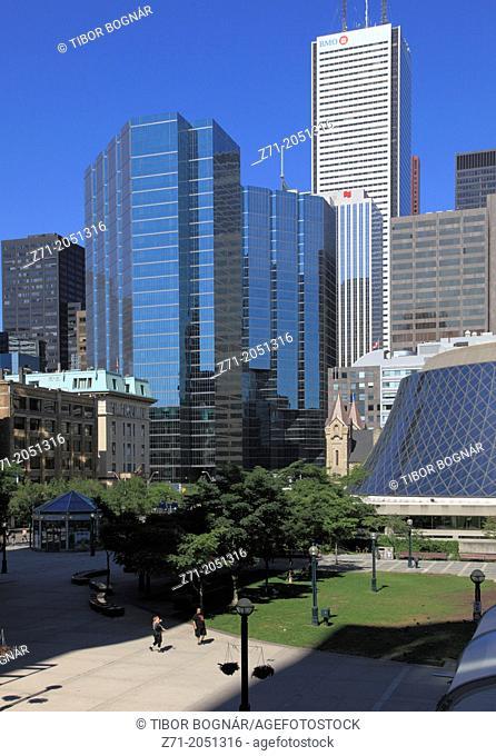 Canada, Ontario, Toronto, Financial District skyline, Roy Thomson Hall,