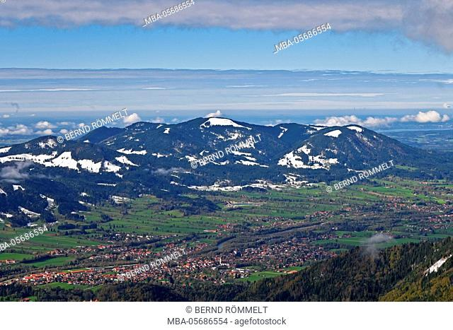 Germany, Bavaria, Upper Bavaria, Tölzer country, Bavarian Alpine foothills, Seekarkreuz, view at Lenggries, Zwiesel and Blomberg