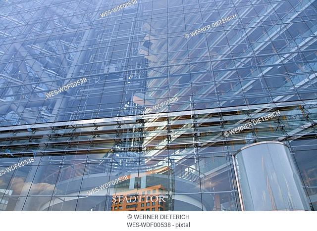 Germany, North-Rhine-Westphalia, Duesseldorf, Stadttor building, close-up