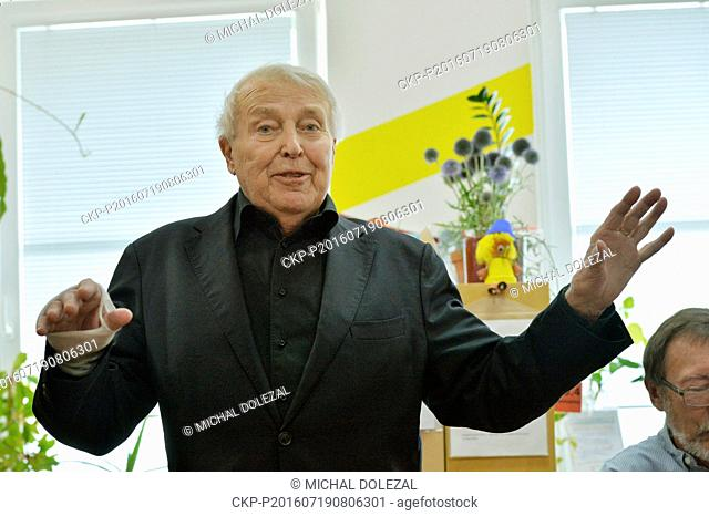 Czech and Austrian author, playwright and scenarist Pavel Kohout introduced his new book Jolana and magician and celebrated his 88th birthday in Sazava