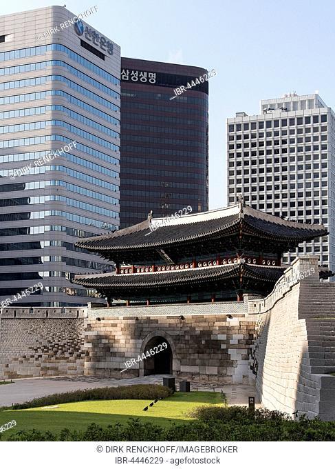 Southern Gate Namdaemun, Seoul, South Korea