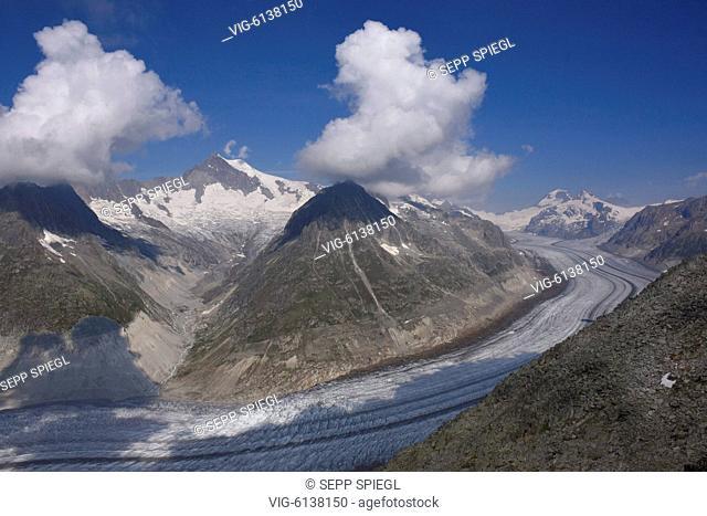 Schweiz, Wallis, 09.08.2018 Der Grosse Aletschgletscher ist der flaechenmaessig groesste und laengste Gletscher der Alpen