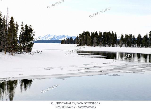 Winter, Yellowstone Lake in Yellowstone NP, WY