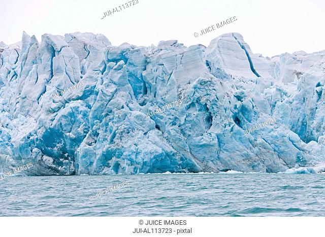 Monacobreen glacier, Liefdefjorden, Haakon VII Land, Spitsbergen, Svalbard, Norway, Europe