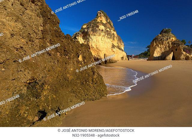 Tres Irmaos beach, Portimao, Alvor, Praia dos Tres Irmaos, Algarve, Portugal, Europe