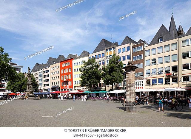 Gabled houses, old market, historic centre, Cologne, North Rhine-Westphalia, Germany